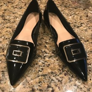 NWOT Zara pointy toe black patent with gold buckle